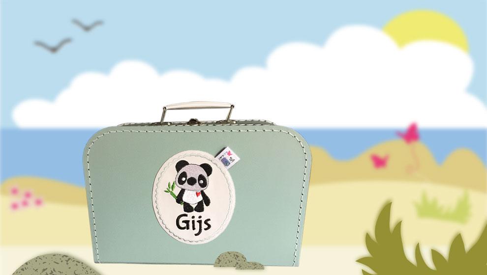 Mint Koffertje met Naam en Geborduurde Panda